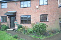 Ground Flat to rent in Old Bear Court...