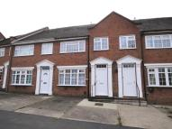 Town House to rent in Brook View Drive...