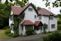 6 bed Detached property to rent in Kenbridge Road...