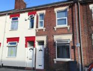 4 bedroom Terraced property in Ashford Street, Shelton...
