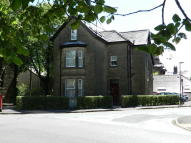 Flat to rent in South Avenue, Buxton