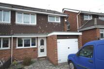 3 bedroom semi detached house to rent in Debenham Crescent...