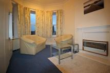 Flat to rent in Park Drive, Huddersfield...