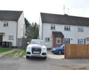 Maisonette to rent in CHURCHILL ROAD