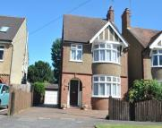 3 bed Detached house to rent in CHURCH AVENUE