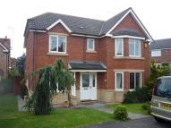 4 bed Detached property to rent in Applewood Close...