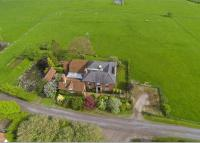5 bed Detached property in Long Marston, Tring...