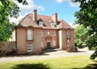 8 bedroom Detached home in Stoke Lane...