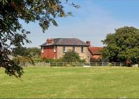 5 bedroom Detached property in Long Marston, Tring...