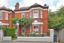 5 bedroom Detached property to rent in Ardlui Road, London, SE27