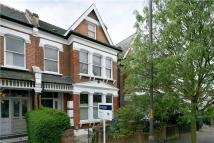 Flat in Wyneham Road, London...