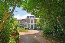 5 bedroom Detached home to rent in Beulah Hill, London, SE19