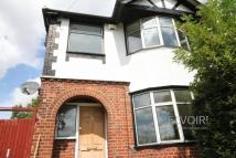 3 bed semi detached property to rent in Crawley Green Road, Luton