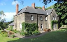 5 bed Detached property in The Old Vicarage...
