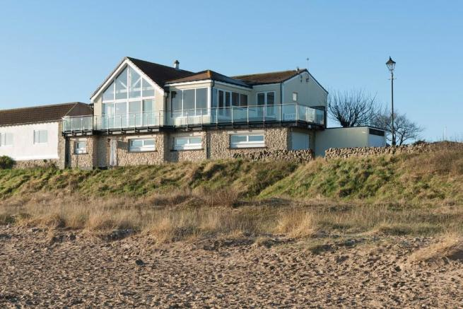 4 bedroom detached house for sale in the beach house for Beach house designs newcastle
