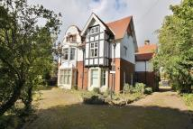 8 bedroom Detached house in The Grove, Gosforth...