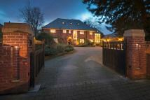 6 bedroom Detached home for sale in Suncourt, Elmfield Park...