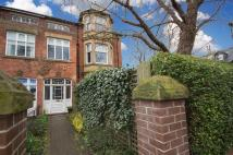 5 bed End of Terrace home in Linden Road...