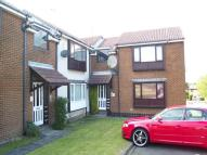 Flat to rent in Lydford Court...