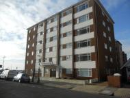 2 bed Flat to rent in Hove, East Sussex