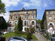 Flat to rent in Thicket Road, Anerley...