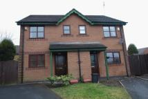 2 bedroom semi detached house to rent in Monins Avenue, Tipton