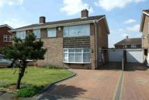 3 bed semi detached house to rent in Rockland Gardens...