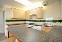 Flat in Hertford Road, Enfield...