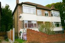 Deepdene Court Maisonette to rent