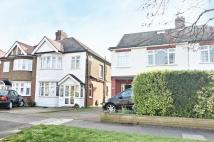 4 bed semi detached home to rent in Carnarvon Avenue...