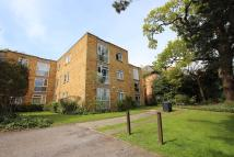 Studio apartment to rent in Bycullah Road, London...
