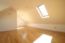 3 bed Apartment in Goffs Lane, Goffs Oak...
