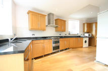 3 bed semi detached home in Amberley Road, Enfield...