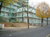 Apartment to rent in Sydney Road, Enfield, EN2