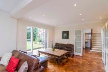 4 bedroom Detached property to rent in Village Road, London, EN1
