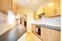 2 bed Cottage in Primrose Avenue, Enfield...