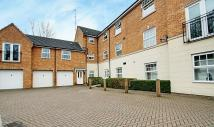 Flat in Weller Mews, Enfield...