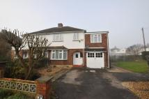 4 bedroom semi detached house for sale in Saffron Platt, Guildford