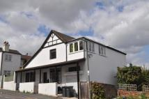 4 bed Detached property in Genyn Road, Guildford
