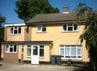 6 bed property to rent in Harts Hill, Guildford...