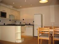 Flat to rent in Pepy's Road, Raynes Park...