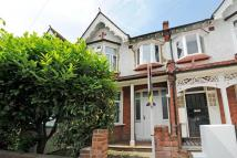 4 bed Terraced house to rent in Chatsworth Avenue...