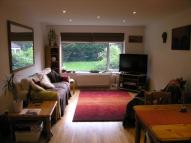 Flat to rent in Grand Drive, Raynes Park...