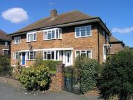 2 bed Maisonette to rent in Coombe Lane, Raynes Park...