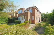 2 bed Maisonette for sale in Richmond