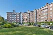 3 bedroom Flat for sale in Queens Road, Richmond...