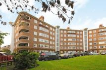 3 bed Flat in Queens Road, Richmond