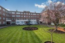 Flat for sale in Richmond, Surrey, .
