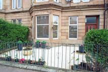 2 bedroom Flat in Lochleven Road, Langside...