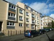 2 bed Flat for sale in Walton Street, Shawlands...